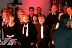2013-11-03 gospelnight-mit-helmut-jost-und-ruth-wilson chor-just-for-fun 010